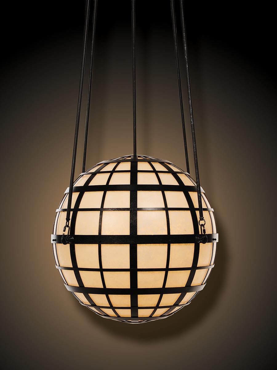 Atlas Pendant at Lusive.com