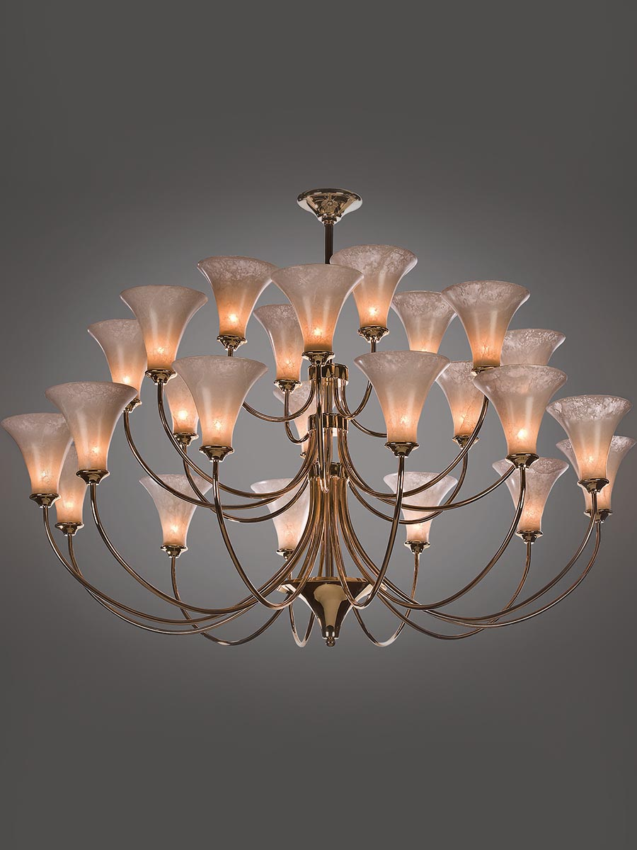 Cygne Chandelier at Lusive.com