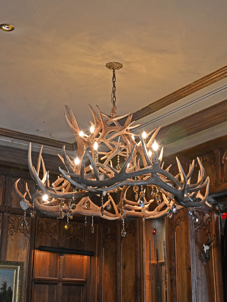 Traviata Chandelier at Lusive.com